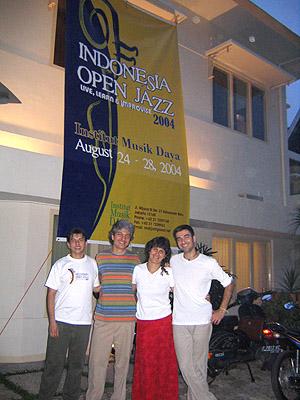 Indonésia - Maio 2004